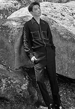 孙坚森林写真曝光 尽显时尚个性男气质
